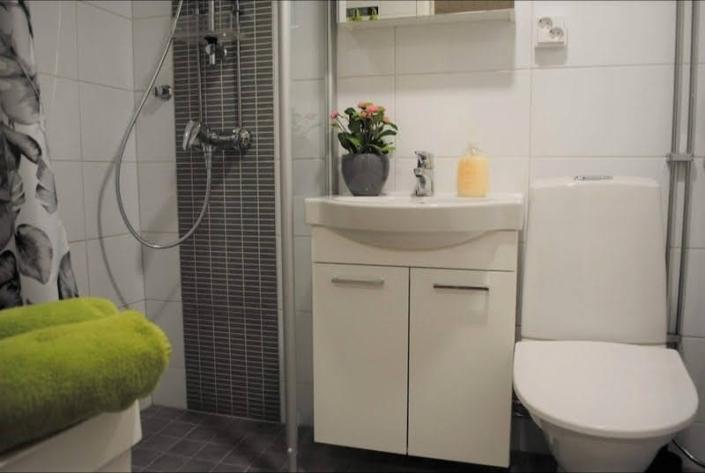 Kalustettu tilapäisasunto Makkonen Hyvinkää kylpyhuone